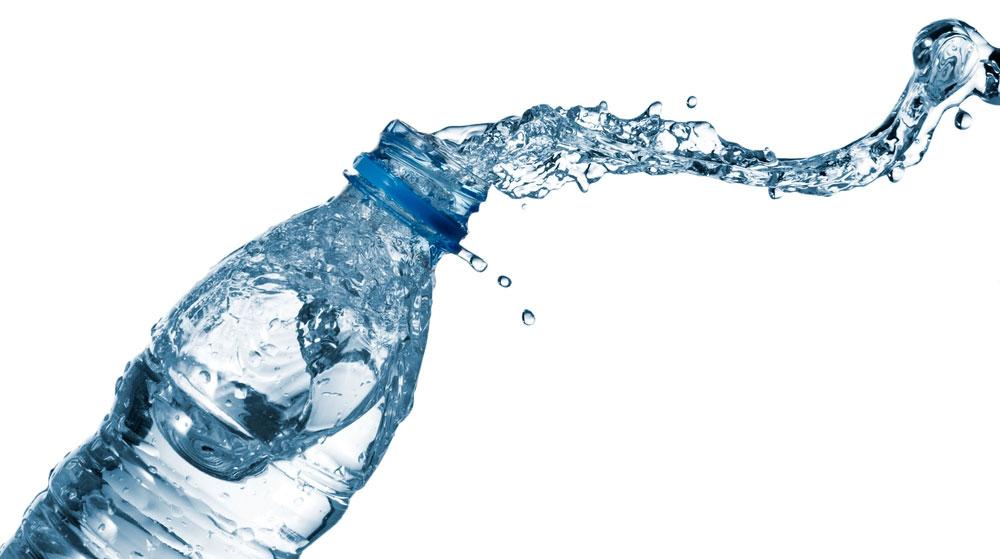 plastica, acqua in bottiglia